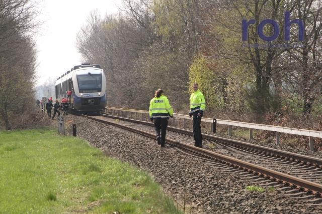 Bahnhof Löhne roh pressefotografie lohne mann wird nord bahn erfasst